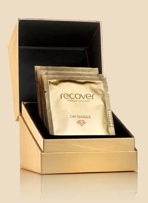 RECOVER RECOVER DAY MASQUE Revolutionary masque for a visibly luminous and smooth effect. Activate the masque by massaging the sachet before opening until contents are fluid.