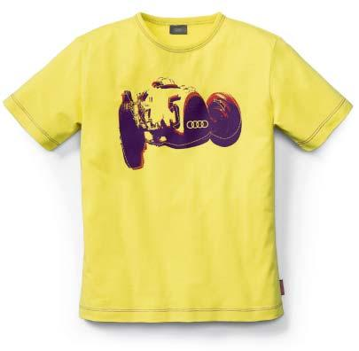 Kids 081 3 3 Kids Type C t-shirt With a print of the legendary Type C racing car. Material: 100 % cotton Colour: yellow, print in purple/red Sizes: 122 152 320.09.010.