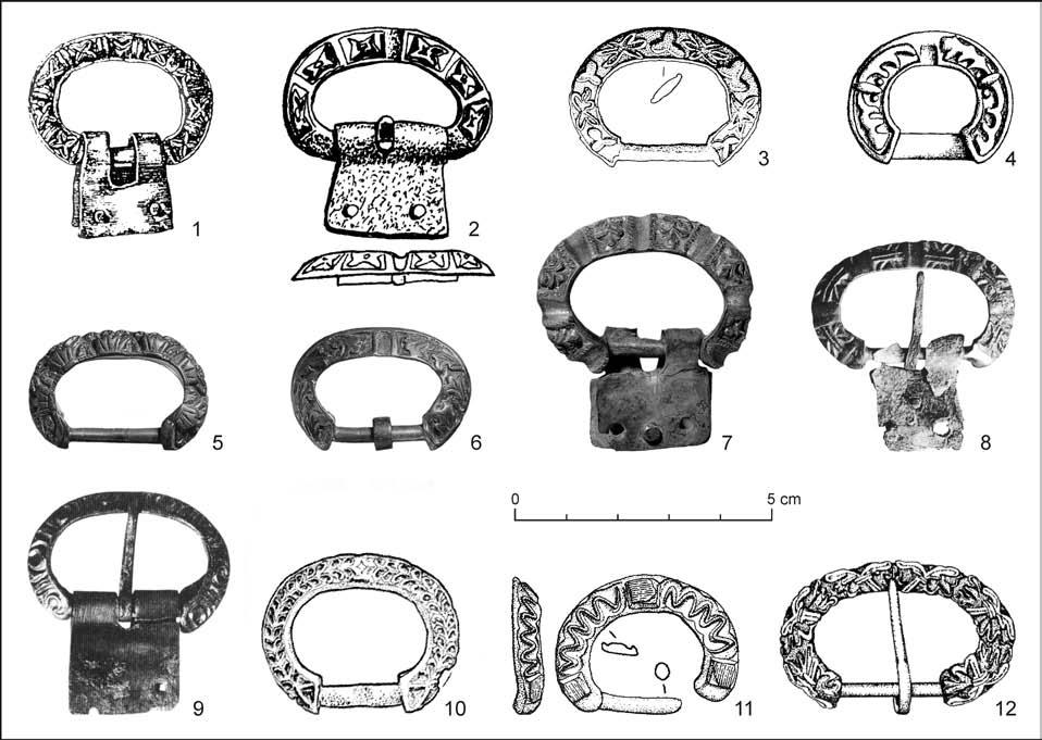 The Origins and the CollaPSe of the Blatnica-Mikulčice Paradigm 127 Fig. 24. Carolingian-type D-shaped buckles.