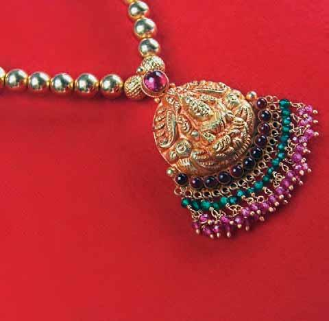 Alchemy Within India s Jewellery Box a brief glance at traditional Indian jewellery styles: Temple Jewellery Tamil Nadu is the hub of temple jewellery with a history going as far back as Sangam