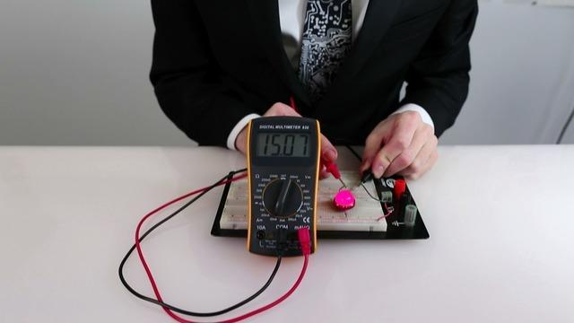 If the multimeter displays a reading of zero Amps, we can safely switch over to using