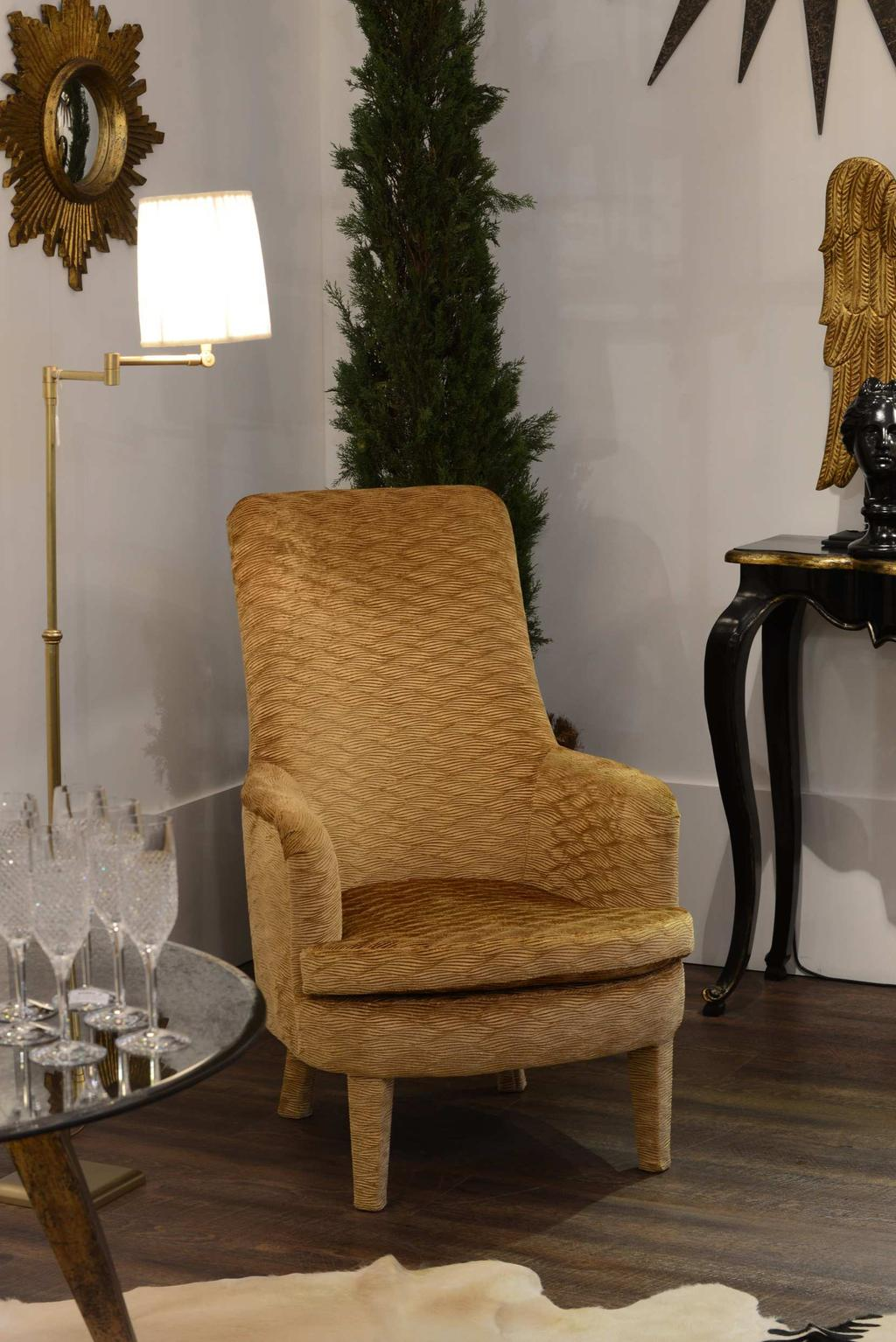 F6245 Scarlet Chair with Gold Velvet fabric C1431-13 Clarice Arm Chair Lamp Tumbled Brass (h127 cm)