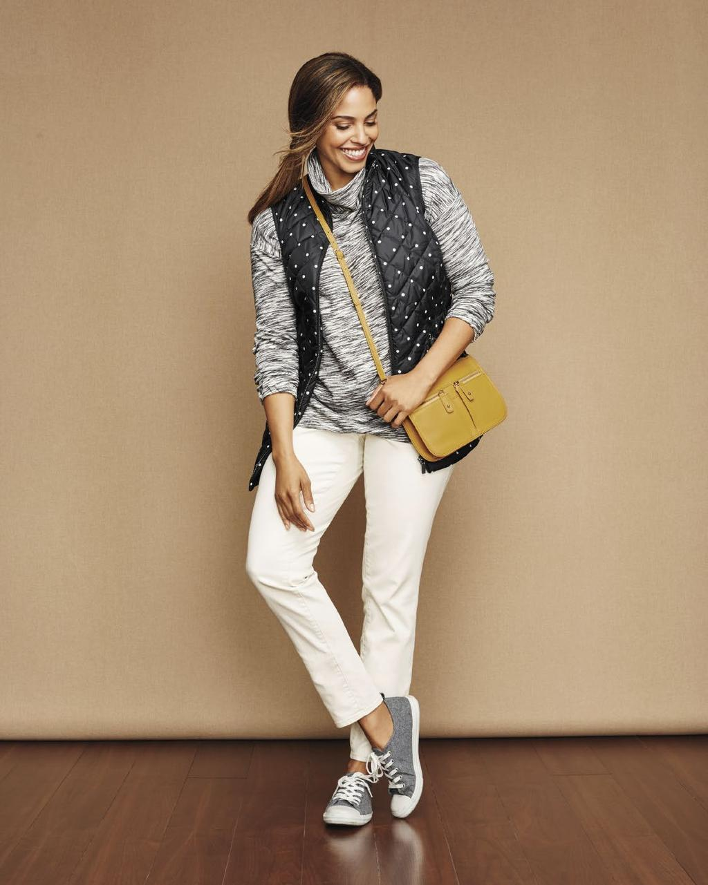 Mixing patterns in the same tones has a slimming look. Wearing thinner layers gives you warmth without looking bulky.