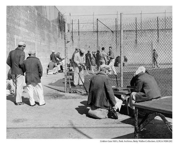 How many prisoners did Alcatraz have at any given time? The highest number ever recorded was 302, and the lowest number 222.