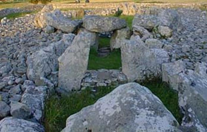 Dolmens/Portal Tombs: a huge stone table.