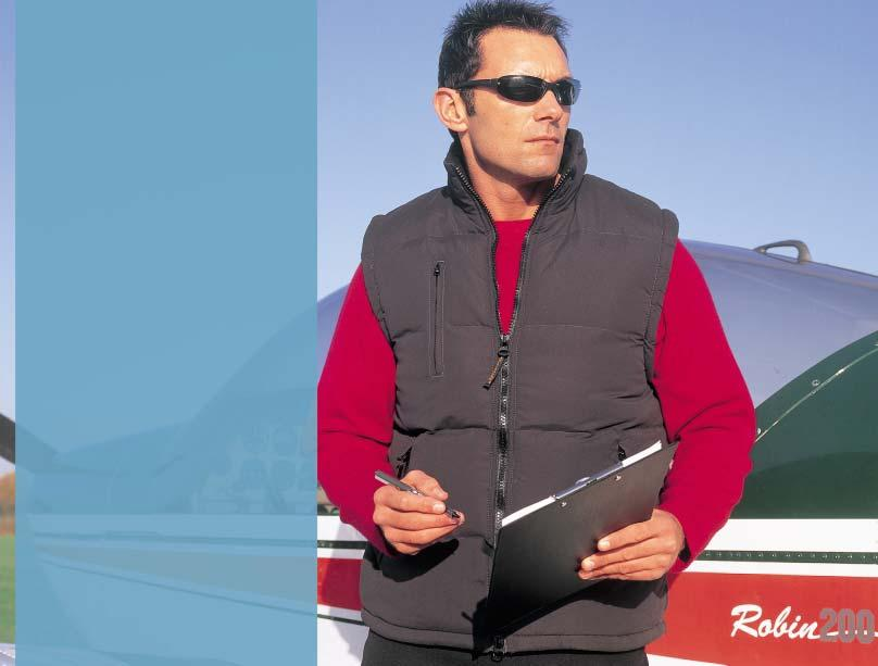 MID-WEIGHT R44 FLEECE LINED BODYWARMER R88A Outer: 130gsm Polyester Micro-fibre peach Inner: 100% Polyester wadding Lining: 100% Polyester Active fleece by RESULT Windproof/Water resistant