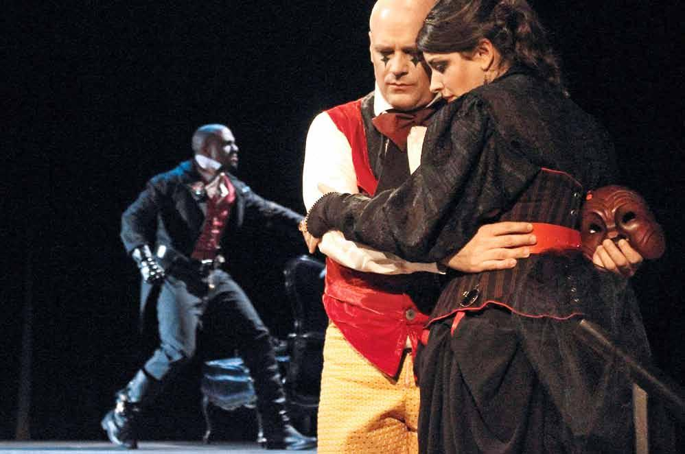 Photo: Sara L Gamarro From left: Vince Vincent (Kaiser Overall), Brian Downen (Harlekin), Elspeth Davis (Der Trommler) These Performances Give You Courage Austrian director Markus Kupferblum helms a