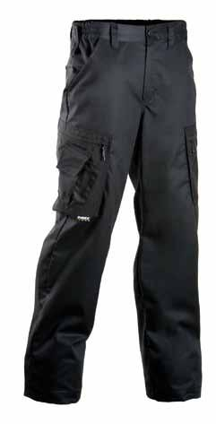 q TROUSERS 675 65% polyester 35% cotton, 250 g/m² LIGHTWEIGHT, COMFORTABLE and FLEXIBLE black Front pockets, back pockets.