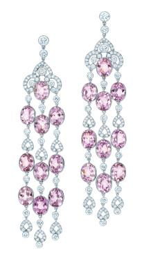 KUNZITE, A LILAC-PINK STONE FOUND IN CALIFORNIA IN 1902, HIGHLIGHTS TIFFANY S DECADES OF DISCOVERY EARRINGS OF 20 OVAL KUNZITES,