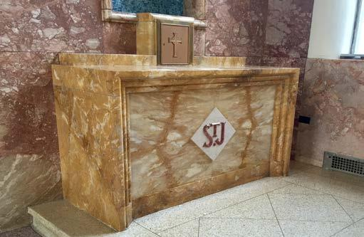 Rich Marble Set St Joseph of Roman Side Panels Altar KRALTAR-1189 KRSTG-804 KRALTAR-1189 Exotic marble and high end alabaster form this chase Marion side altar