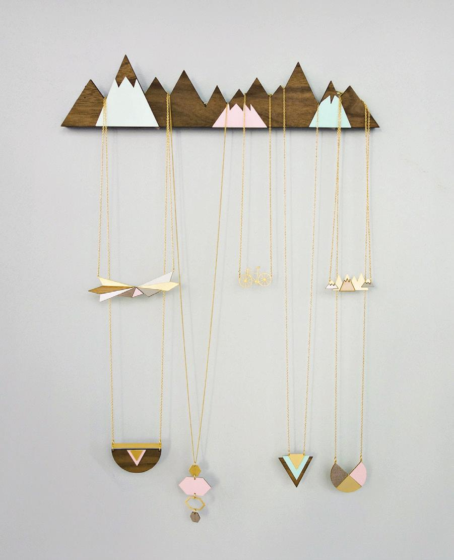 JEWELRY DISPLAYS Mountains