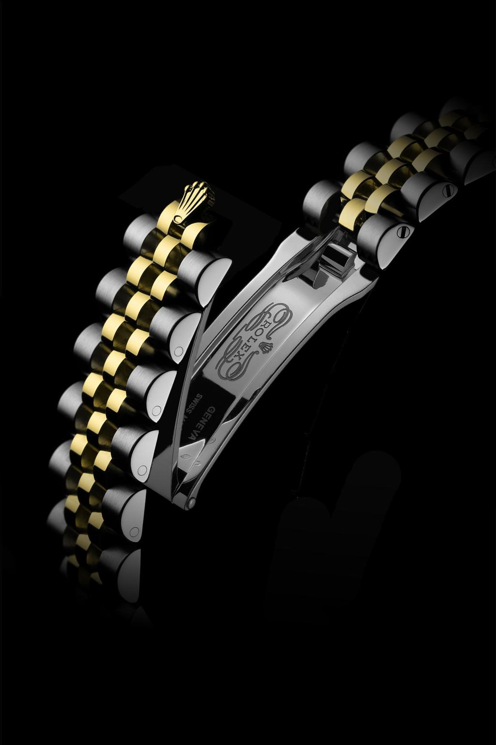 Features JUBILEE BRACELET The Jubilee, a supple and comfortable five-piece link metal bracelet, was designed and made