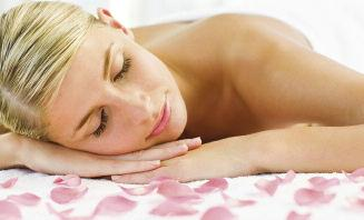 Body Treatments Aromatherapy, Full Body 1 hour, 15 minutes................ 37.00 Aromatherapy, Back 45 minutes................................ 27.