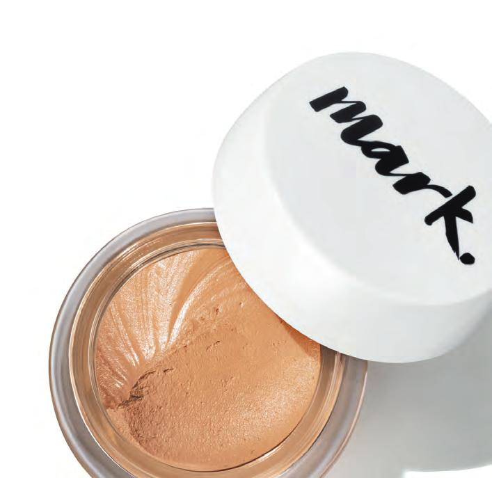 2CONTOUR Apply a foundation 1-2 shades deeper