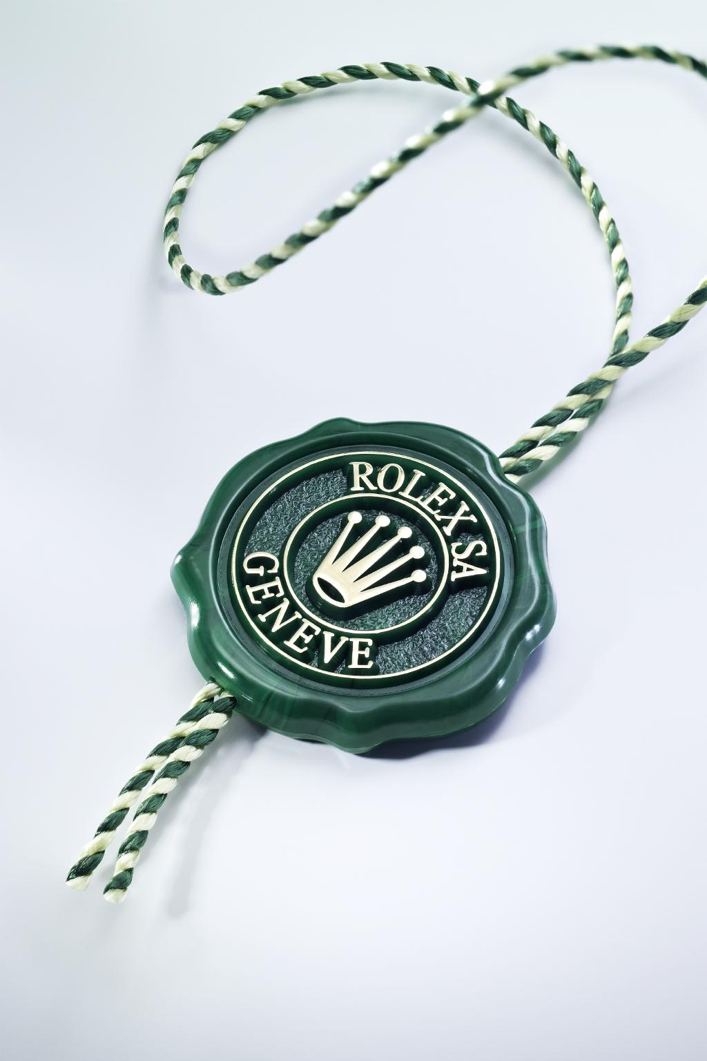 Features SUPERLATIVE CHRONOMETER The green seal accompanying every Rolex watch is a symbol of its status as a Superlative Chronometer.