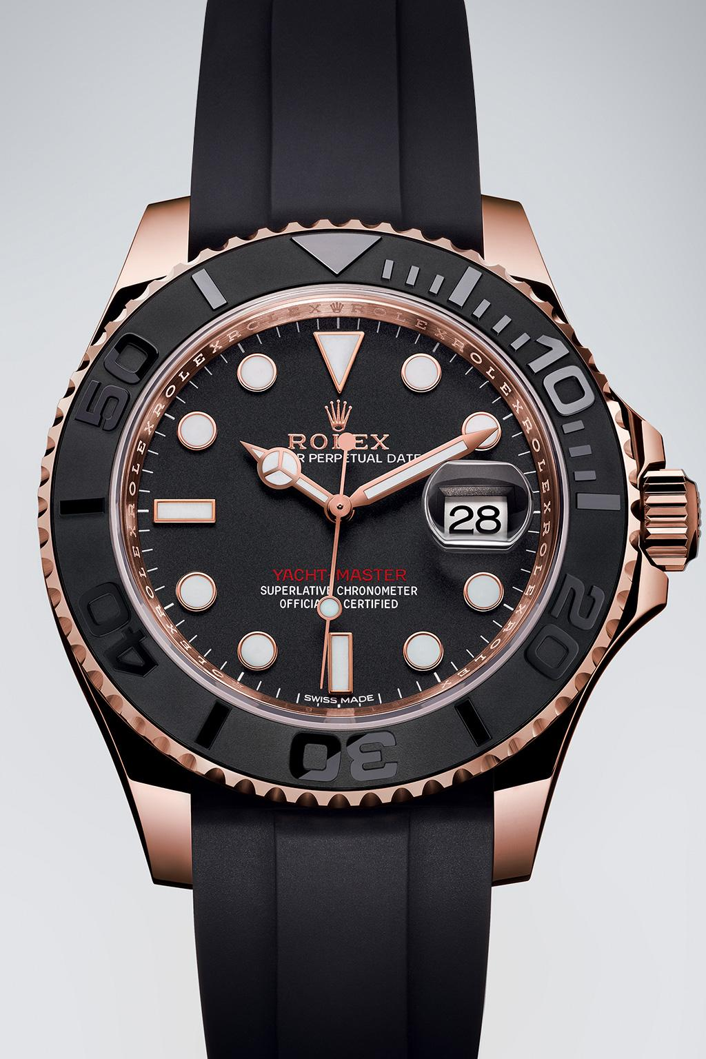 Style of the Yacht-Master 40 THE WATCH OF THE OPEN SEAS The Yacht-Master is revered for its casual yet purposeful allure.