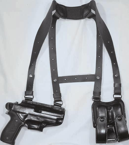 SHOULDER RIG 21 H770-A/H770-AA SHOULDER RIGS This shoulder holster features Hand Boned detail for a classy look. The shoulder holster is to be worn horizontally.