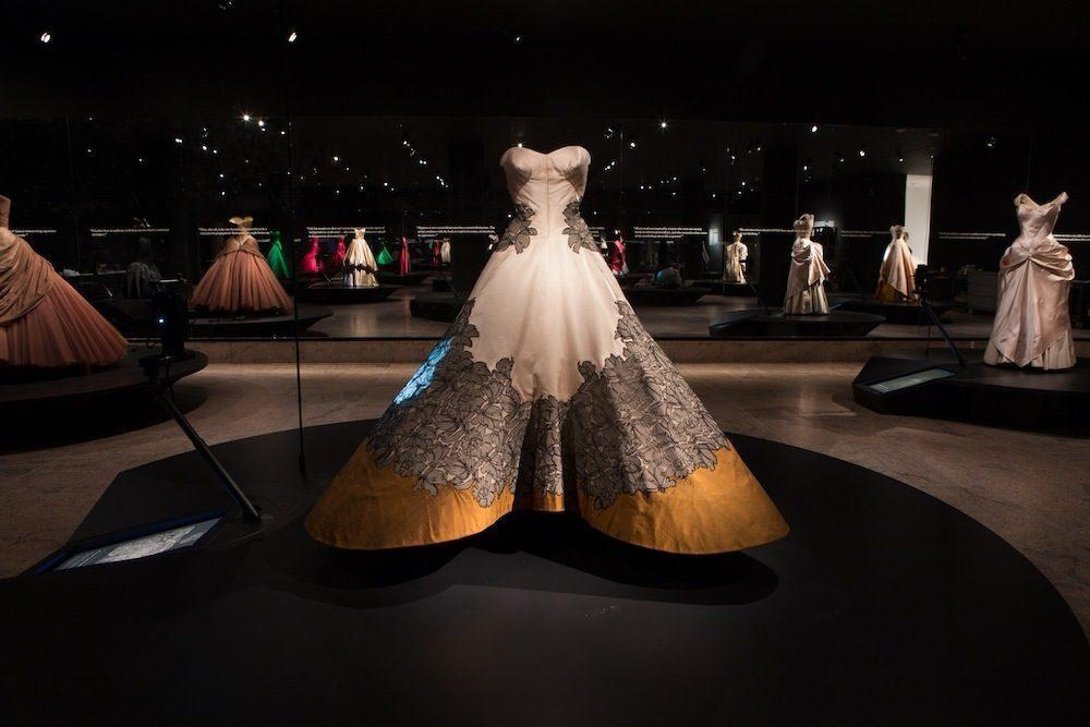 + The Opportunities Fashion in the Museum Charles James:
