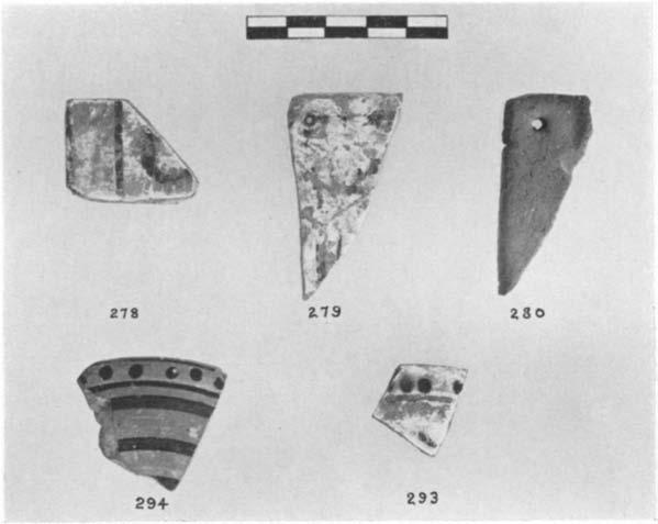 A GEOMETRIC HOUSE AND A PROTO-ATTIC VOTIVE DEPOSIT 607 from the Acropolis.
