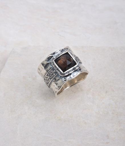 RINGS 17 $74 $69 $79 R1019 Smoky Quartz Ring, Smoky Quartz Whole