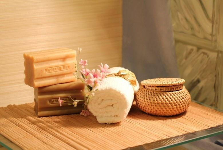 SPA BOOSTER These 30 minute treats can be scheduled a la carte or added to any 1 hour treatment.