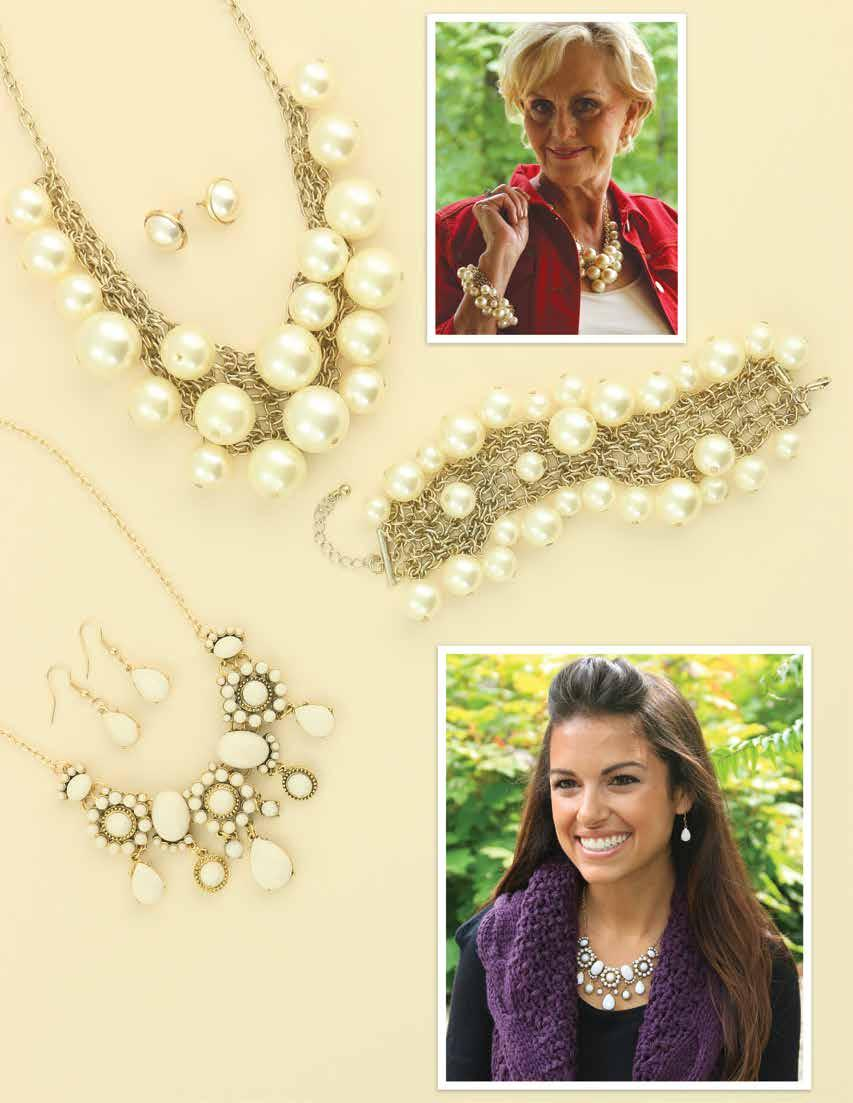 JS0125 $59 Classic oversized crème pearl cluster necklace and earrings set. Necklace measures 17 ½ with 3 extender. JB0677 $35 Classic oversized crème pearl cluster bracelet.
