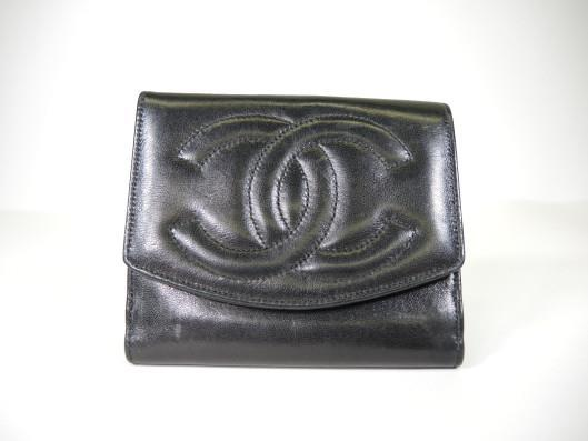 CHANEL Vintage Black Lambskin Leather Tri-Fold Wallet Sold in one day for $249. 03/04/17 Circa 1996, this wallet is still in fine condition.