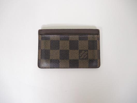 LOUIS VUITTON Damier Card Holder Sold in one day for $99.