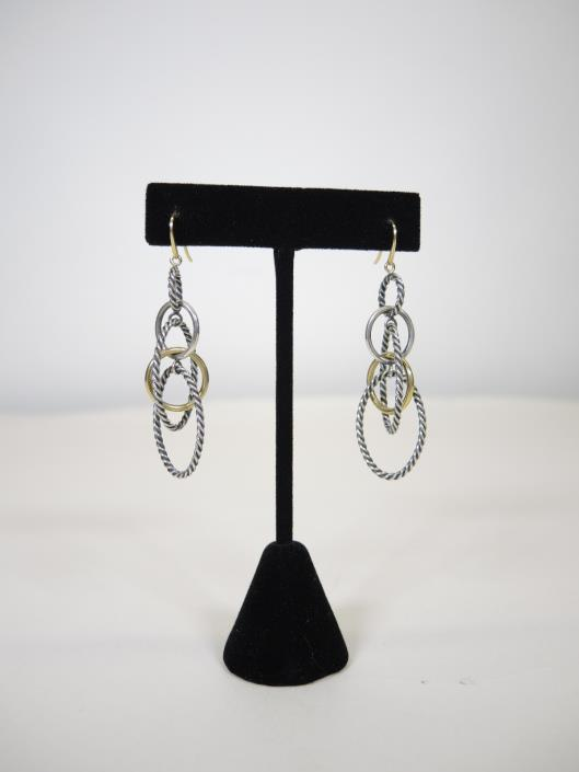 DAVID YURMAN Mobile Chain Earrings Retails for $650, sold in one day for $350. 03/25/17 These earrings are currently for sale on Yurman s website, so don t miss a chance to pay a fraction of retail.