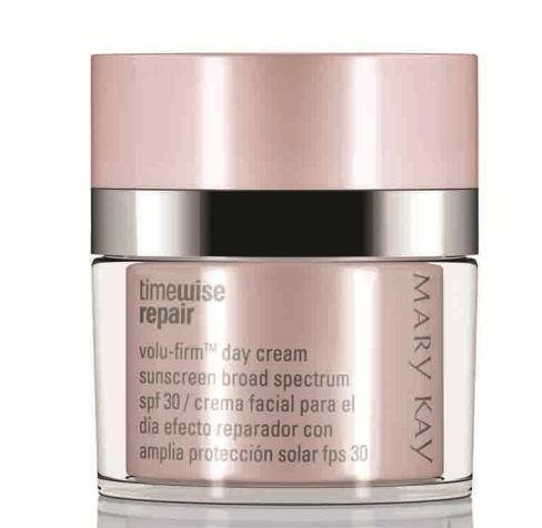 What are the key benefits of Volu-Firm Day Cream Sunscreen Broad Spectrum SPF 30*?