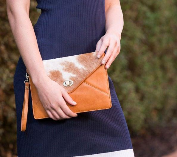 Leather Env01 Envelope Clutch Dimensions: