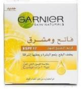 GARNIER LIGHT SCRUB 100 GB/AR CO-M