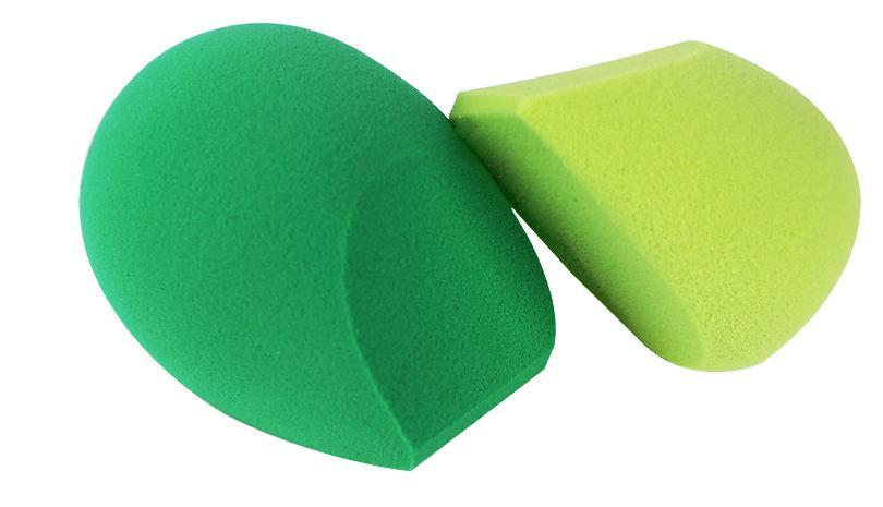 Makeup Sponges Item # 1616 1271 Name Perfecting Sponge Duo Perfecting Blender Applicator This sponge Duo is designed with EcoFoam Technology, in 2 The firm EcoFoam tip applies liquid foundation