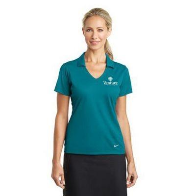 3-button placket with embossed buttons. Double needle hemmed bottom with side vents. Heat seal label provides tag-free comfort.