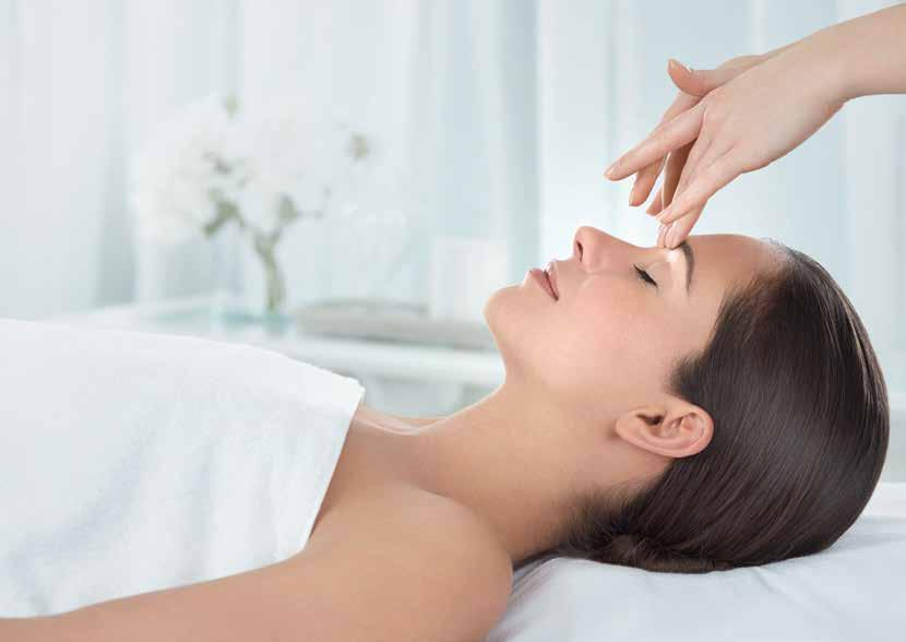 INTRODUCING ELEMIS ELEMIS therapists make it personal. They look. They listen.