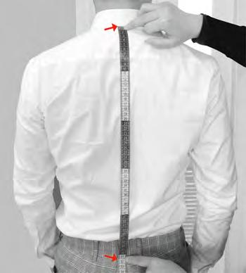 VEST LENGTH Measure from the lower point of the rear collar all the way
