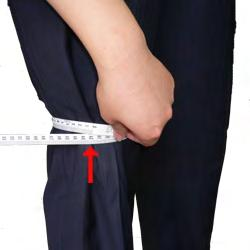 and then measure. No shoes please! 16. KNEE Measure around your knee at its widest point.