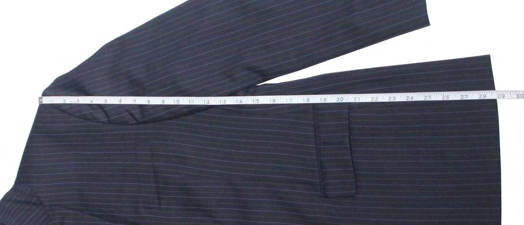 SHOULDER JACKET LENGTH (LOWER) Lay coat on flat surface