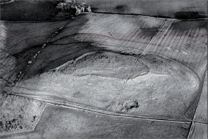 RCAHMS Fig 40. Fort and settlement, Morebattle Hill, Scottish Borders: photographed during the Kale Water survey.