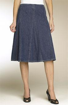 Flared skirt made from several tapering