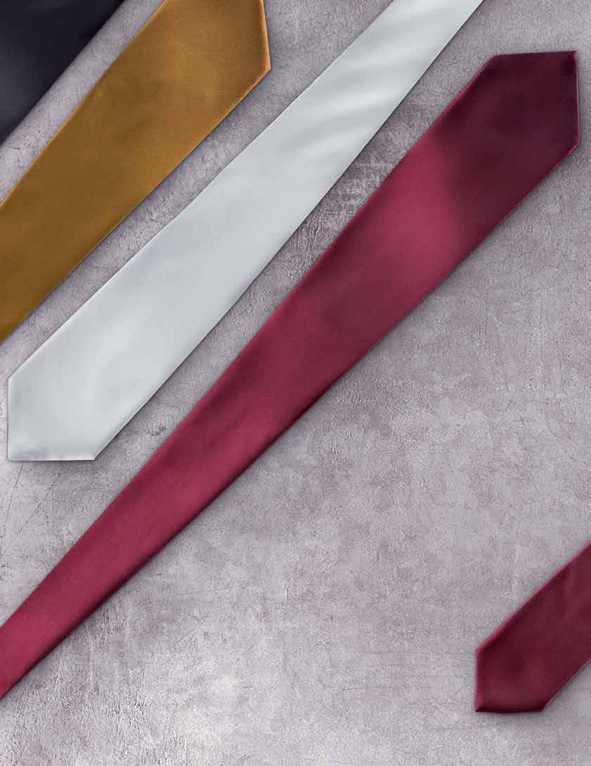 It has an adjustable cord at the neck that makes it comfortable to wear and means your tie is always the right length and has a perfect knot.