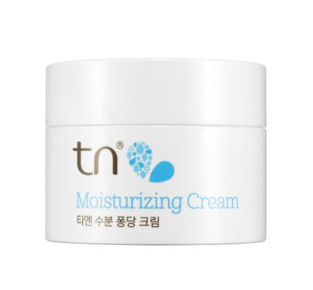 TN MOISTURIZING CREAM 50ml Special Care Amount : 50ml Skin type : Combination & Dry Shelf life : 30M Absorbed deeply into the skin, keeping it moisturized with its fresh sorbet