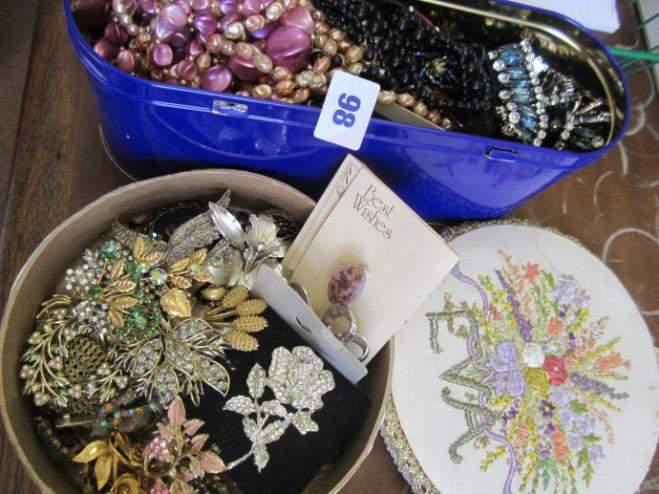 Quantity of costume jewellery including tin of necklaces and beads plus