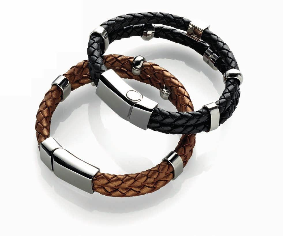 02 01 01 LEATHER BRACELET CODE: 2334 49,90 Black leather bracelet with five stainless steel elements featuring a satin finish, length: 7 ¾ in (20cm) 02 LEATHER BRACELET CODE: 2272 34,50