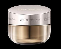 ENRICHING EYE CREAM BENEFITS 93% of women experienced a reduction in visible fine lines in just two