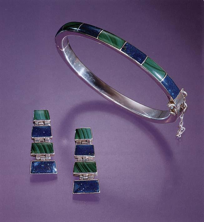 Figure 15. Attractive jewelry is manufactured in Chile using higher-quality lapis lazuli. The bracelet and earrings shown here feature Chilean lapis lazuli and Chilean malachite.