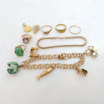 3 grams $700 900 94 SMALL QUANTITY OF GOLD JEWELLERY including a small 14k charm