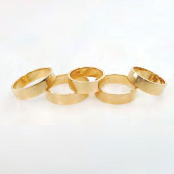 145 5 X 18K YELLOW GOLD BANDS 42.
