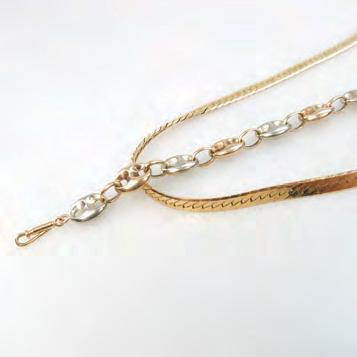 7 grams $350 500 203 204 14K YELLOW GOLD HERRINGBONE CHAIN with a Gucci-style link
