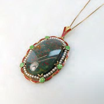 5 grams $350 450 214 215 14K YELLOW GOLD PENDANT set with a large bloodstone panel and strung